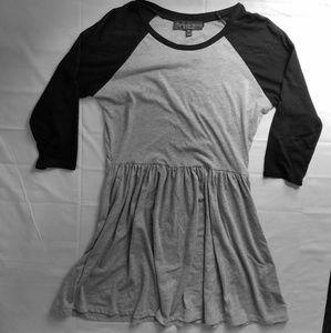 •Topshop PETITE• Raglan t-shirt dress